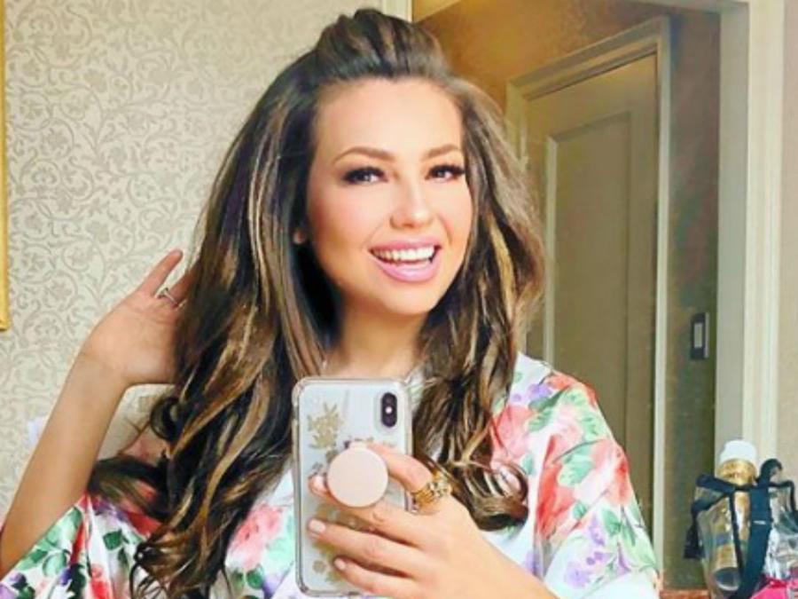 Thalía selfie