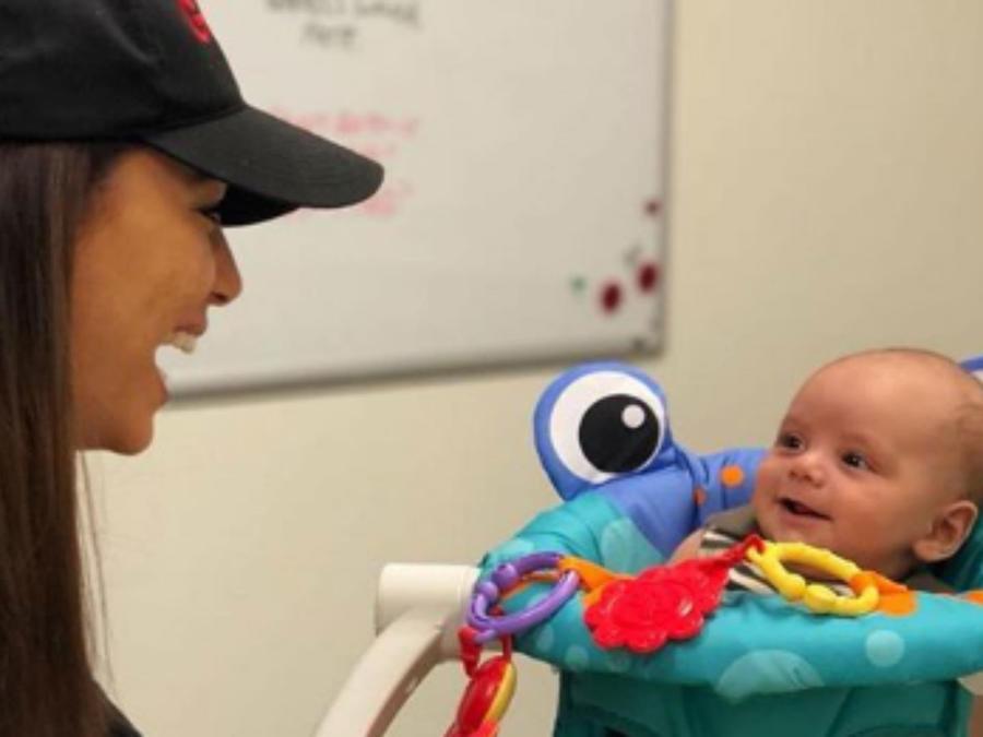 Eva Longoria con su bebé