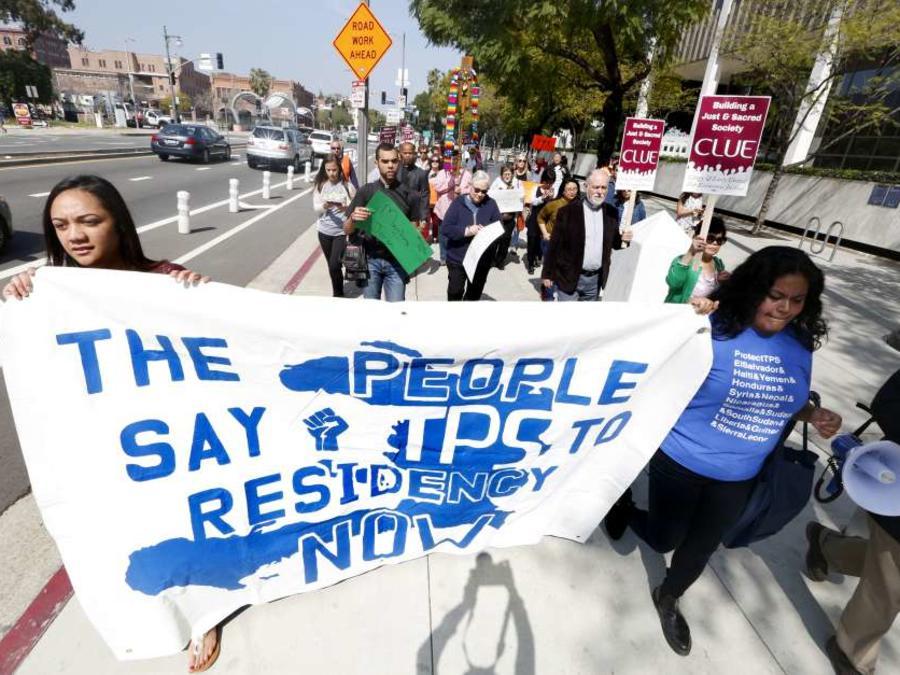 Miles piden que no se cancele el TPS.