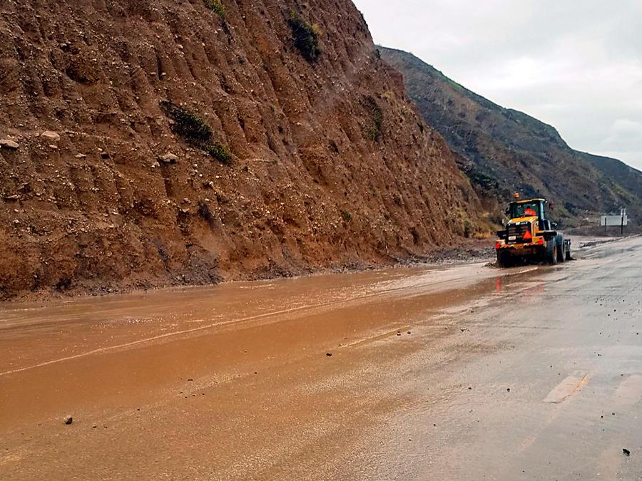 California teme deslaves debido a frentes tormentosos del Pacífico