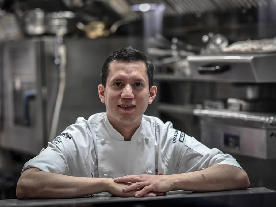 El chef mexicano Indra Carrillo ganó una estrella Michelin este 2019.