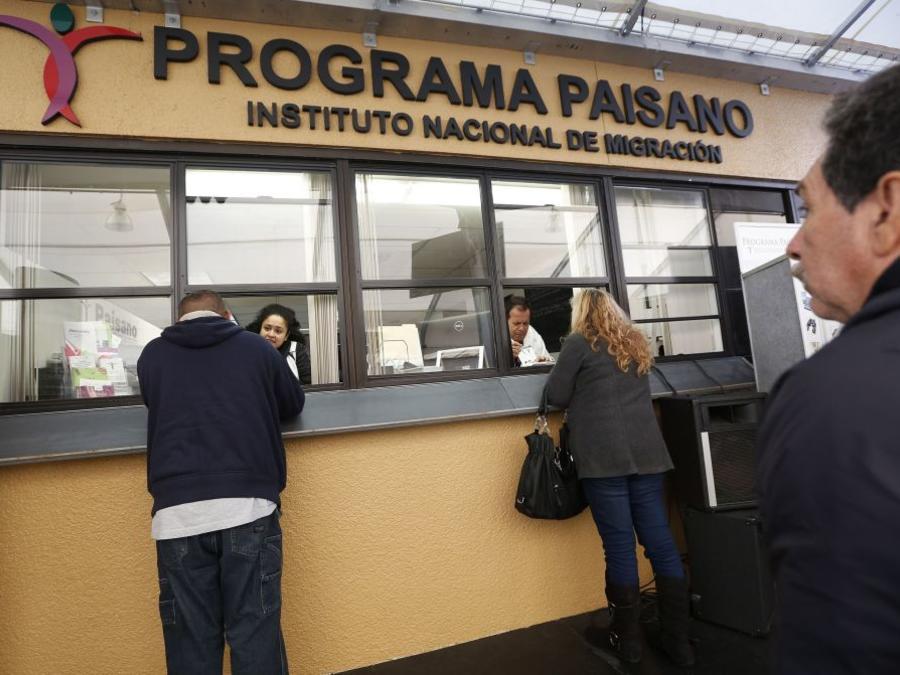 Unos 33 millones de mexicanos usaban estas oficinas en EEUU