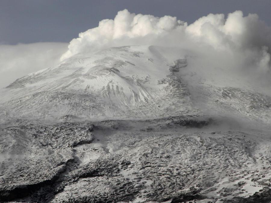 Volcán Nevado del Ruiz en Colombia en una imagen de archivo