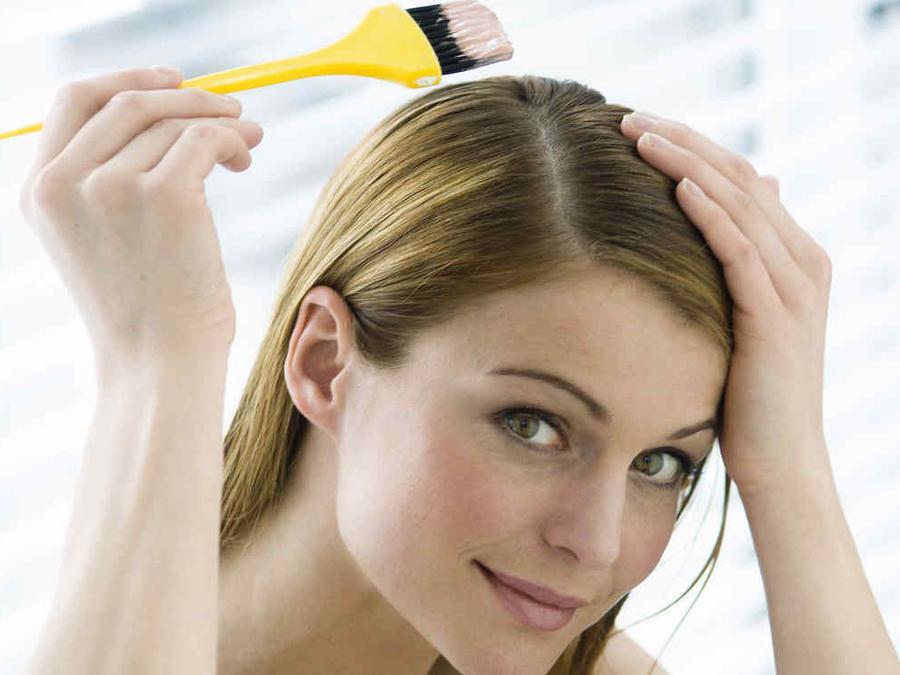Peligros de usar tintes para el cabello
