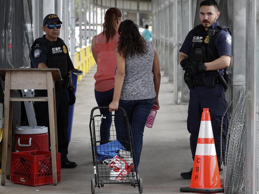 Agentes de Inmigración