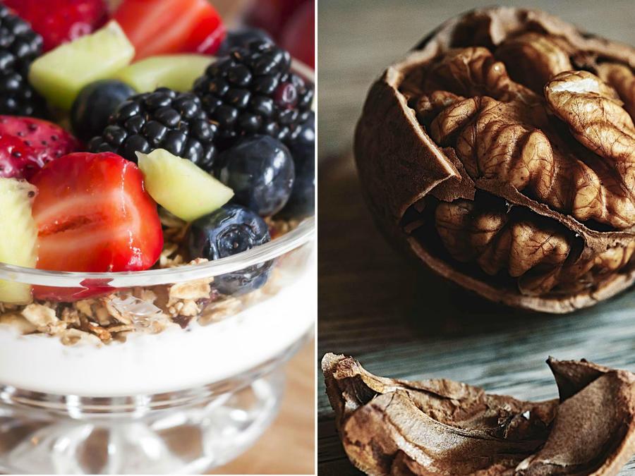 Yogurt griego con frutas