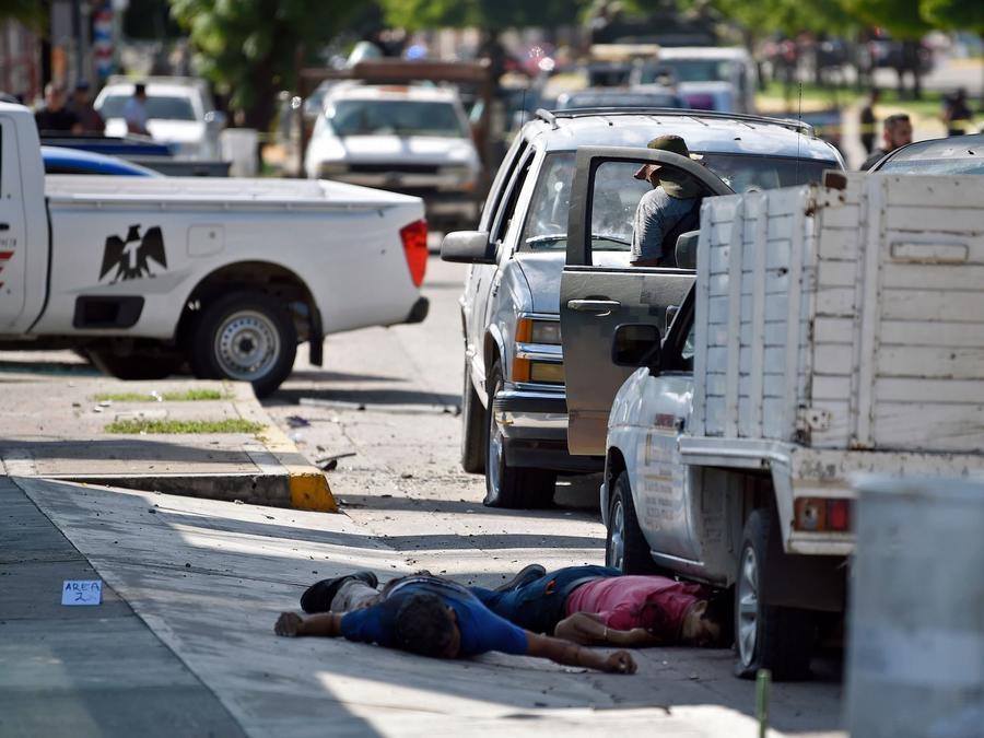 Dos víctimas del tiroteo en Culiacán, en una imagen del 18 de octubre.