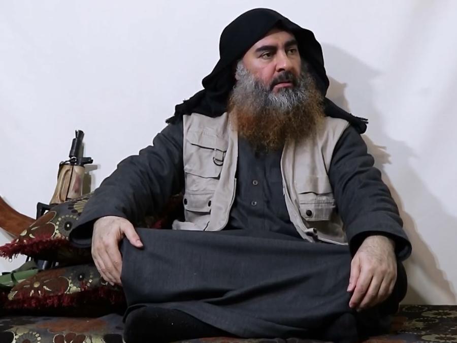 Un fragmento de un vídeo que supuestamente retrae al líder del Estado Islámico Abu Kabr al-Baghdadi.