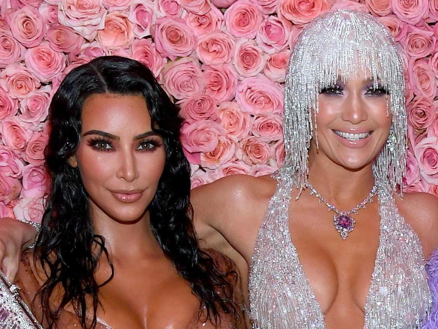 Jennifer Lopez y Kim Kardashian