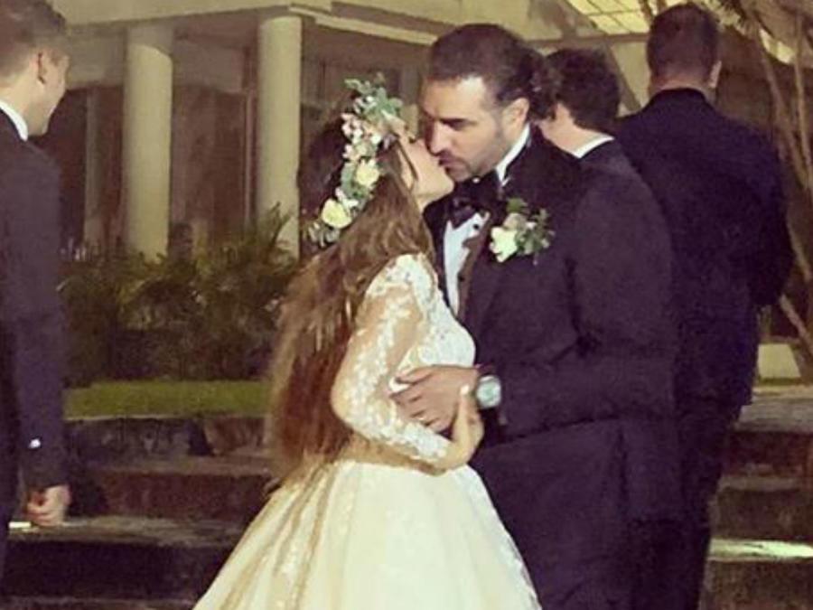 Dulce María y Paco Álvarez en su boda