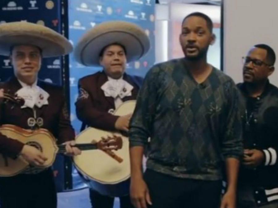 Will Smith canta con mariachi en Telemundo