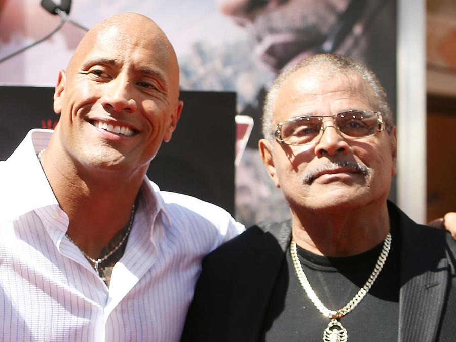 Dwayne Johnson y su padre