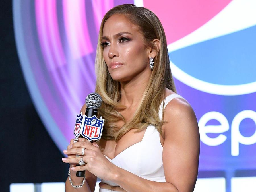 "Jennifer Lopez Explains Why Kobe Bryant's Death Will ""Affect Us Forever"""