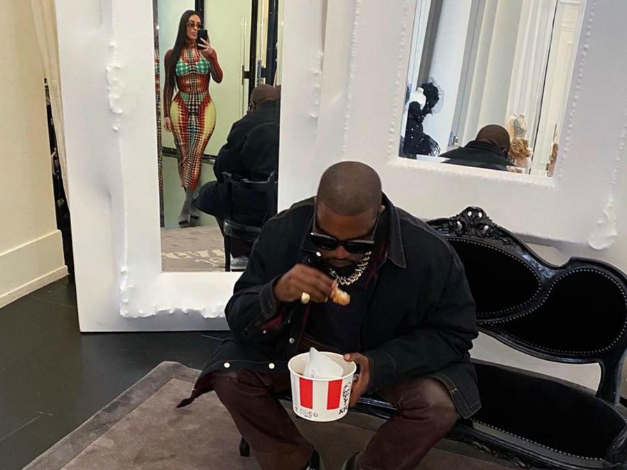 Kim Kardashian y Kanye West en París