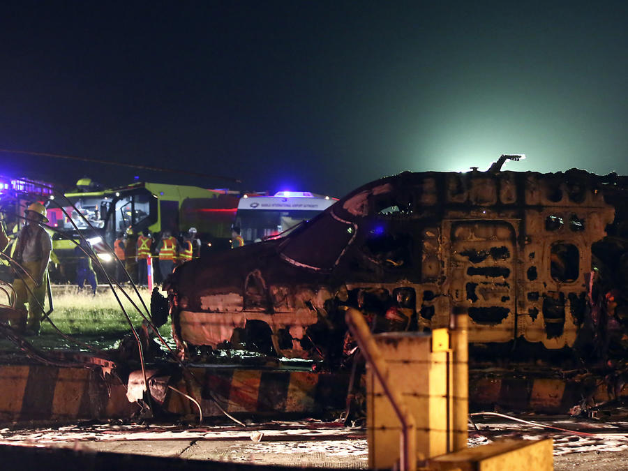 Ocho personas mueren en accidente de avión en el aeropuerto de Manila