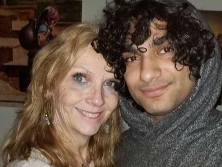 Pam Shasteen con su novio