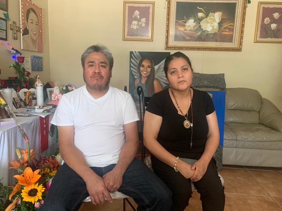 Rogelio y Gloria Guillén, padres de la soldado Vanessa Guillén