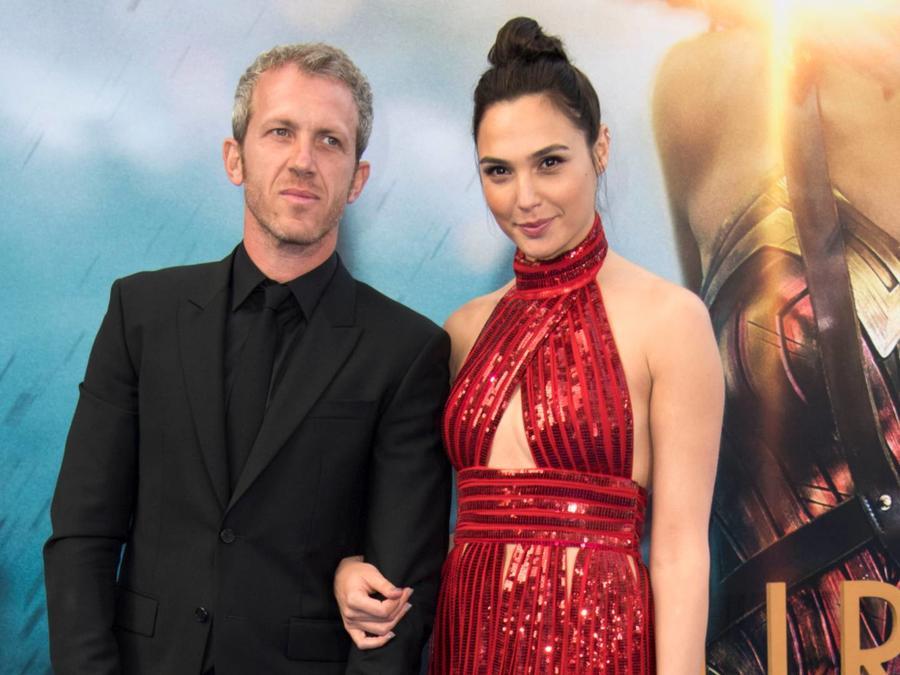 Gal Gadot con su esposo, Jaron Varsano, estreno 'Wonder Woman', 2017