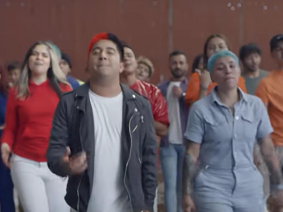 Mario Aguilar en su video 'Hoy decido decidir'.