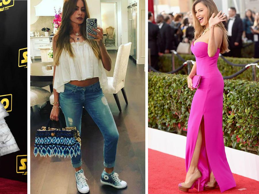Sofía Vergara mostrando sus zapatos