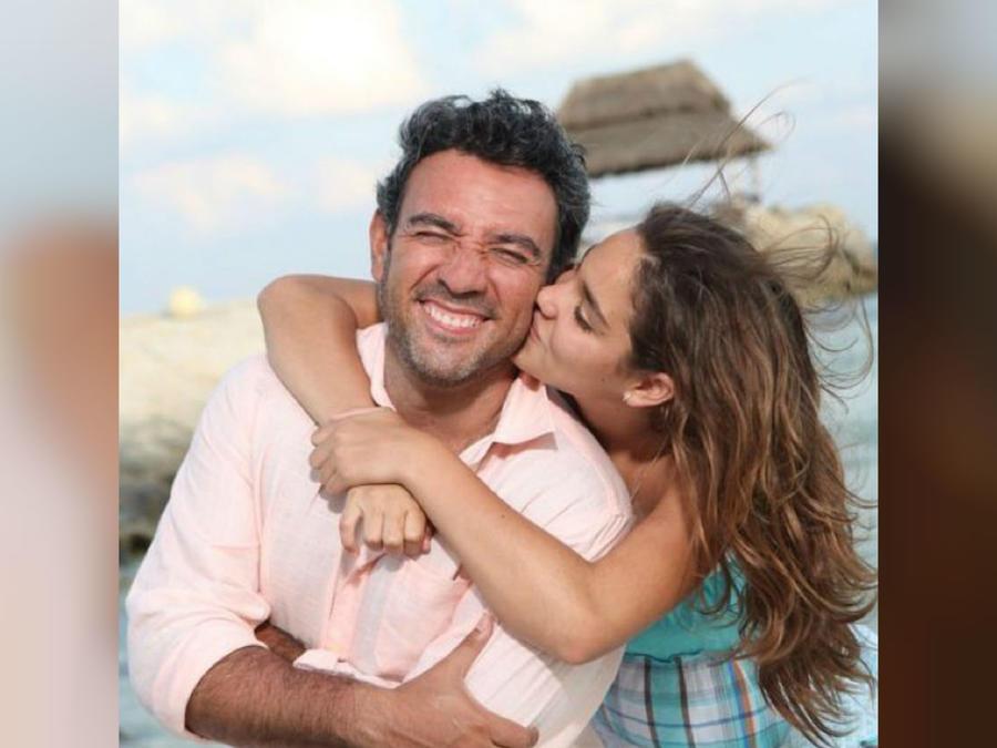 Héctor Sandarti con su hija