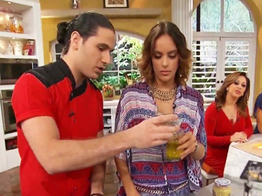 Chef James junto a Sara Corrales