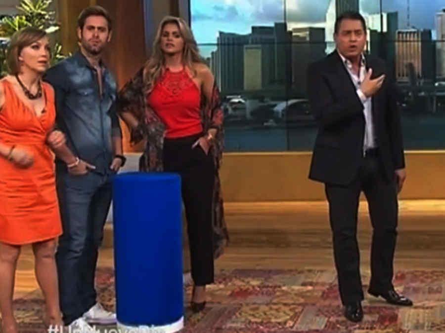 Laura Flores, Gabriel Rossi, Isabella Castillo y Daniel Sarcos en un Nuevo Día
