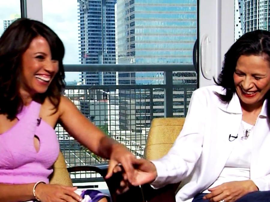 Elizabeth Rodriguez y Patricia Reyes Spíndola