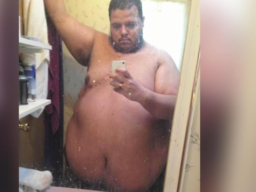 hombre pierde 400 libras