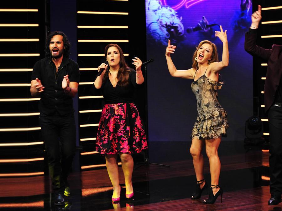 Guerra de Azucar entre Angelica, Raul, Fabian Rios y Laura Flores