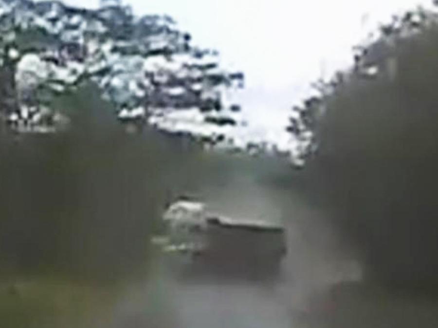 aparatoso-accidente-vehicular-tailandia