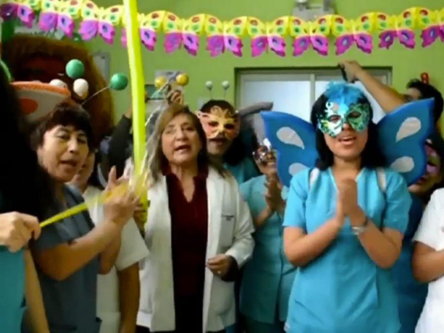 medicos-y-enfermeras-dia-diferente