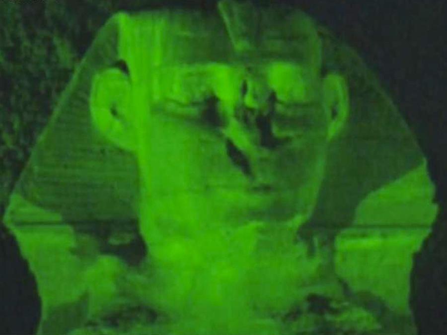 iluminan-verde-piramides-egipto