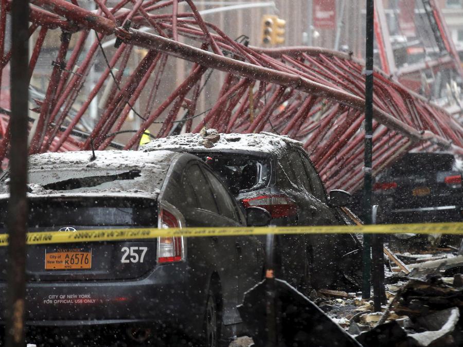 colapsa grua en nueva york