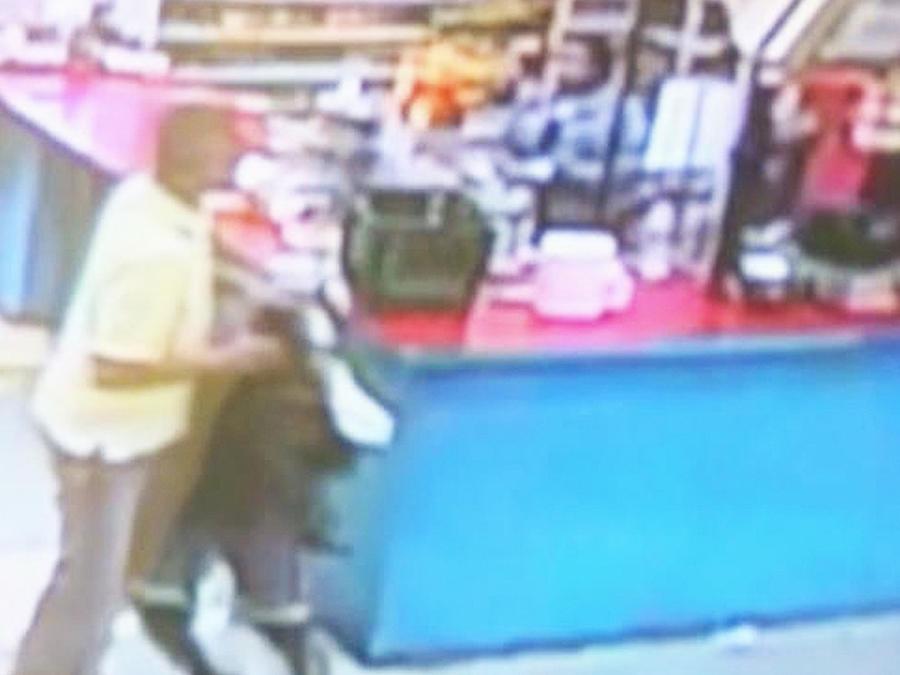 niño robando supermercado