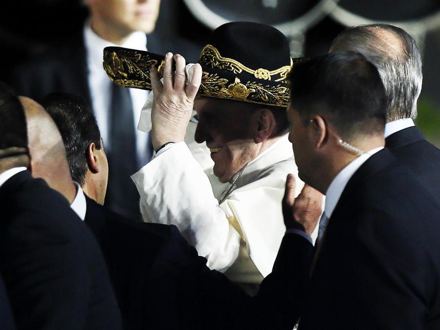 El Papa se pone sombrero de charro