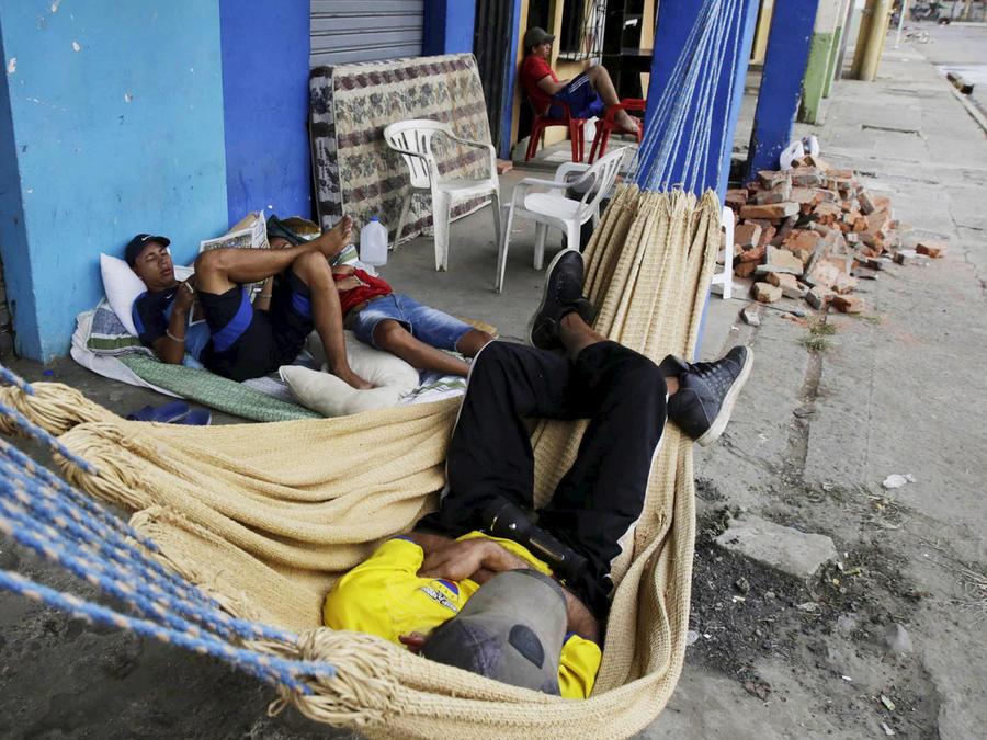 afectados terremoto ecuador