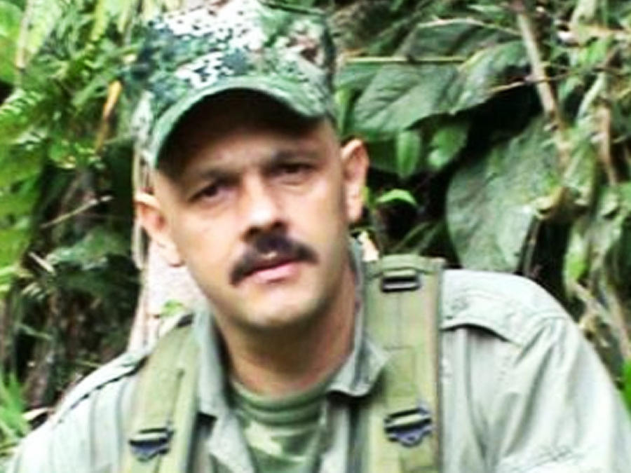 guerrilero colombiano el paisa