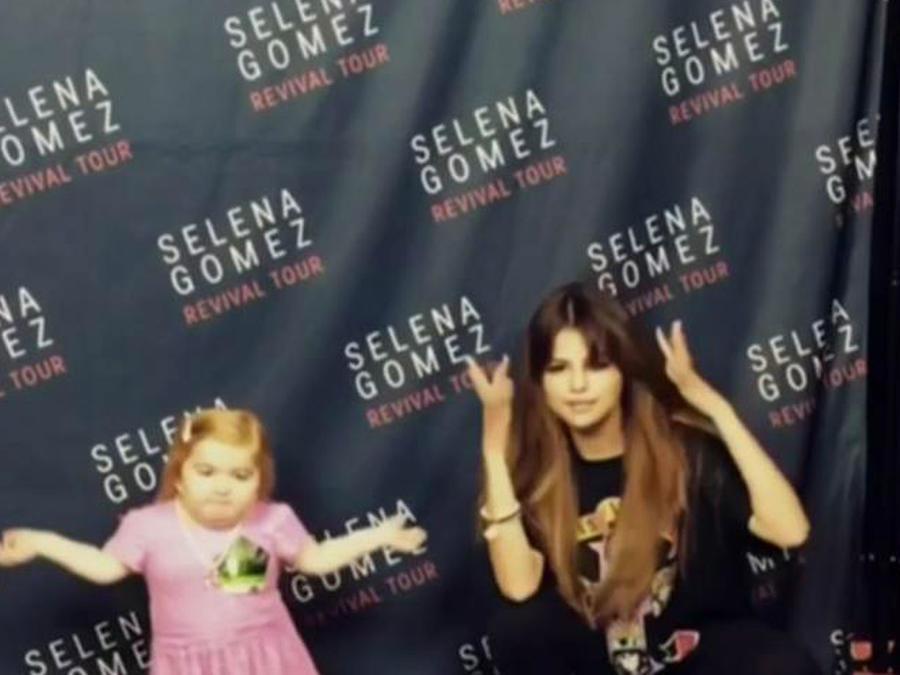 Selena  Gomez le cumple el sueño a una pequeña fan