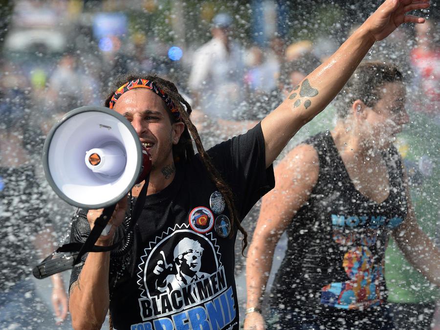 Manifestaciones a horas de la Convención Demócrata