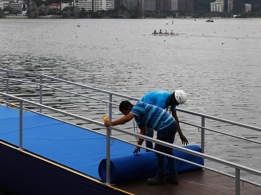 Extranjeros invaden Río para trabajar en los juegos