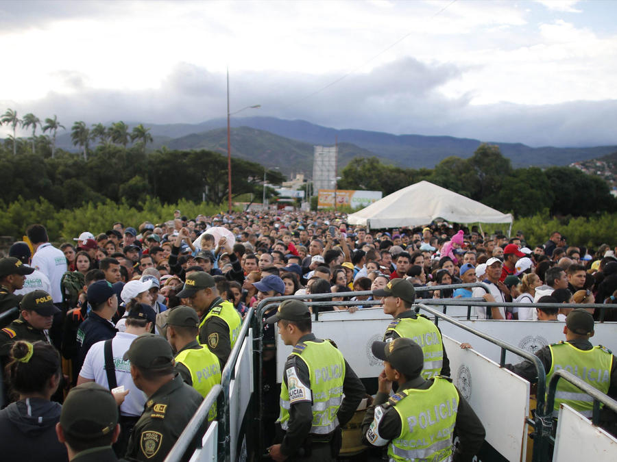 Sin solución para la crisis de migrantes desde Colombia