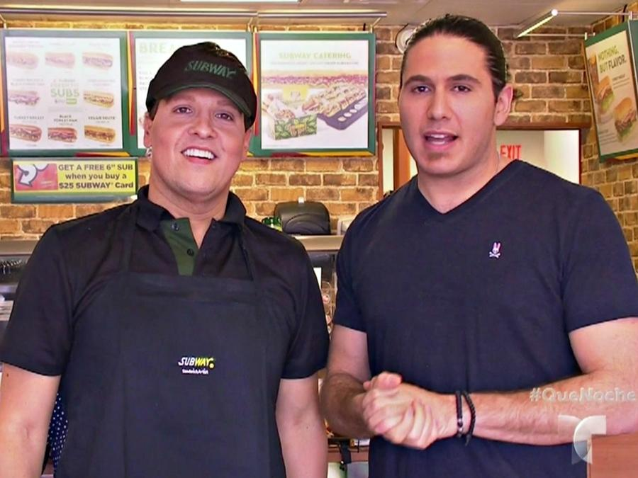 "El Chef James se venga de Raúl González en la cámara escondida de ""¡Qué Noche!"""