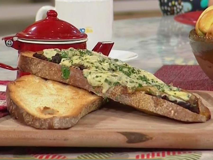 Recetas de cocina: Sándwich de Carne y Queso Azul