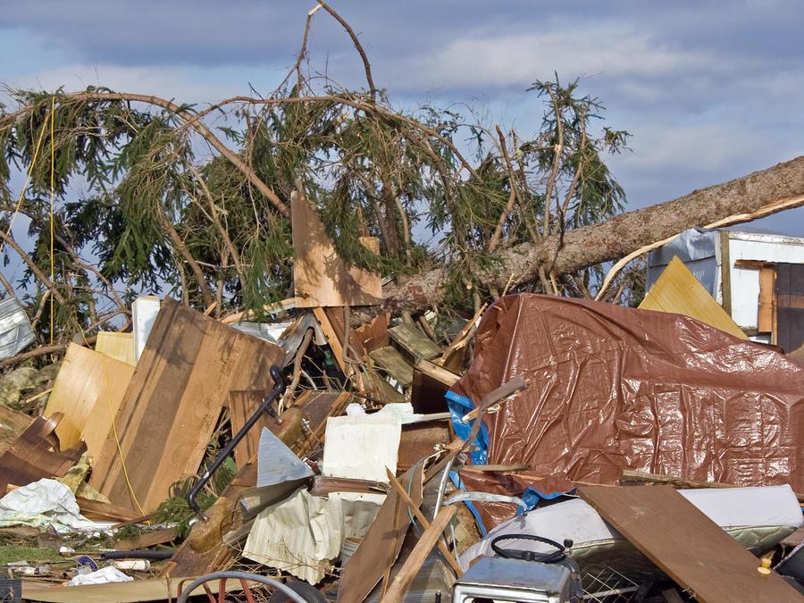 daños por tornado