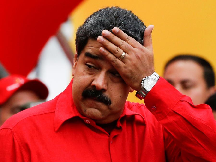 Venezuela prohíbe vuelo de aviones privados y drones