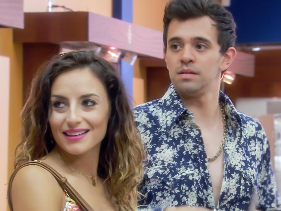Marimar Vega y Raury Rolander en Silvana Sin Lana