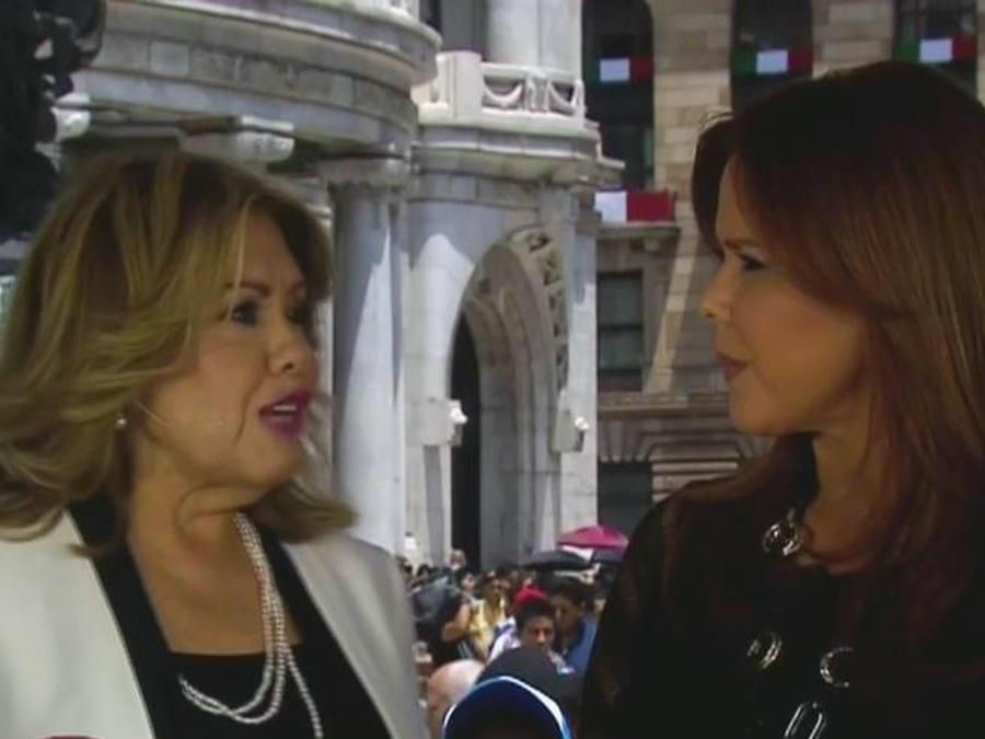 Silvia Urquidi: Juan Gabriel escribió carta a Peña Nieto