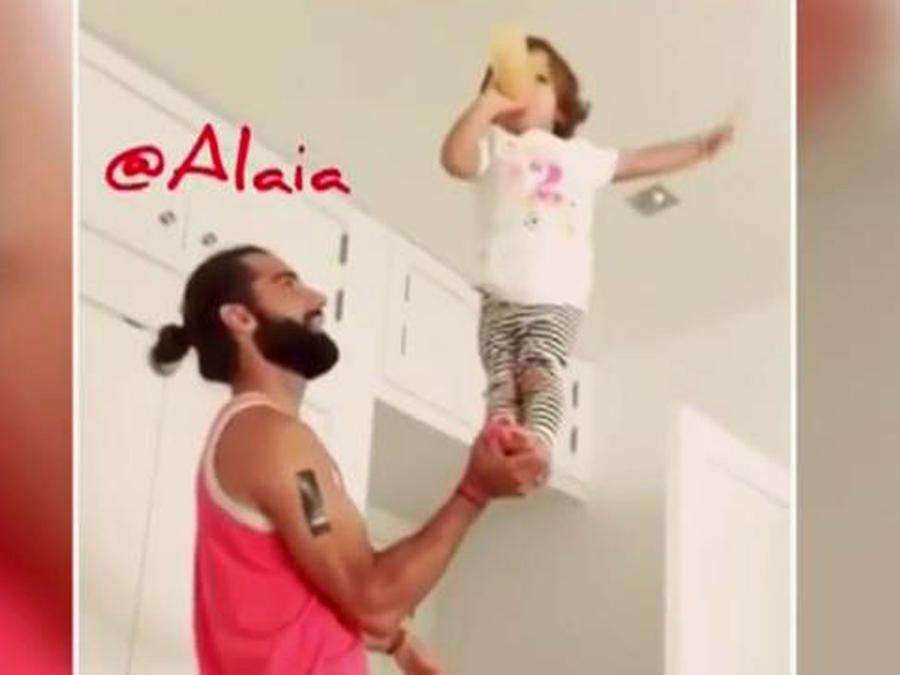 """Alaia se convierte en toda una """"cheerleader"""" profesional"""