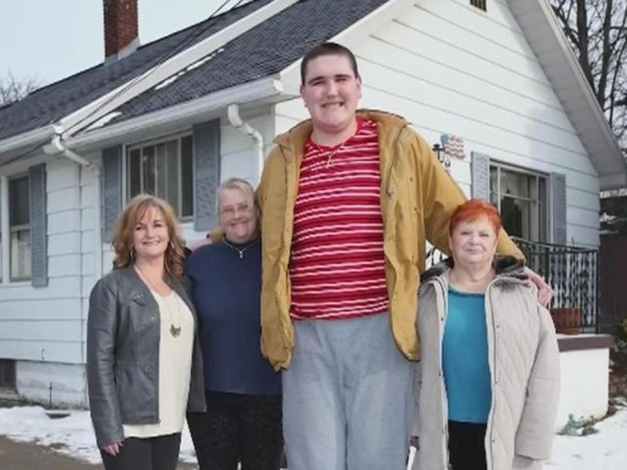 adolescente mas alto del mundo
